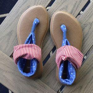 Sanuk sandals. Red, white and blue 🇺🇸